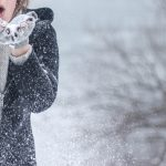 Gloves vs. Mittens - skiing guide